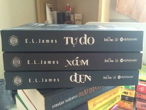 50 Sắc thái _ Tiểu thuyết văn học phương Tây