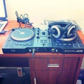 Bàn DJ  của hoangminhduc1996vhkc tại Hồ Chí Minh - 1873835