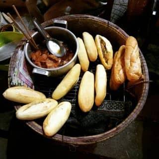 Bánh mì của cutie tại Chợ Đông Ba, Thành Phố Huế, Thừa Thiên Huế - 4730020
