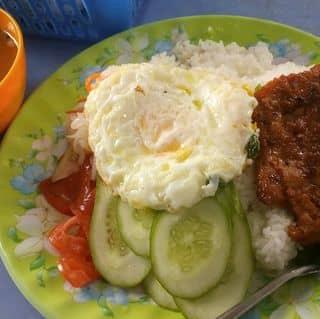 Cơm sườn trứng của vovantruong123 tại 178 Võ Thị Sáu, Thị Xã Bạc Liêu, Bạc Liêu - 2642969