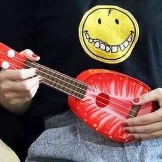 Đàn ukulele 80k của tranlinh921 tại Mũi Né, Thành Phố Phan Thiết, Bình Thuận - 889941