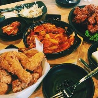 """""""Check in ầm ầm"""" chuỗi quán gà rán Hàn Quốc NGON TUYỆT ĐỈNH ở Hà Nội"""