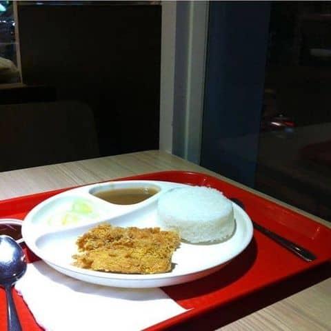 Các hình ảnh được chụp tại KFC - Bà Hom