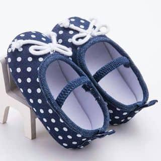 Giày tập đi là lựa chọn số 1 để nâng gót chân xinh cho bé.  của sieuthimevabe tại Hồ Chí Minh - 3500477