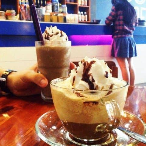 Các hình ảnh được chụp tại COLOR Coffee & Tea