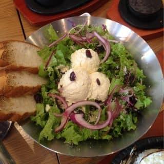 Ricotta Salad của lanho84 tại 200 Nguyễn Trãi, Phạm Ngũ Lão, Quận 1, Hồ Chí Minh - 3437011