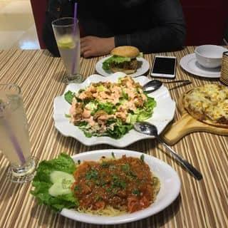 Salad gà rán giòn, pizza bò , mì ý bò , hambogo của lantuong1 tại Tầng 3, TTTM Đồng Tiến, 40 Lê Lợi, Vĩnh Trại, Thành Phố Lạng Sơn, Lạng Sơn - 910861