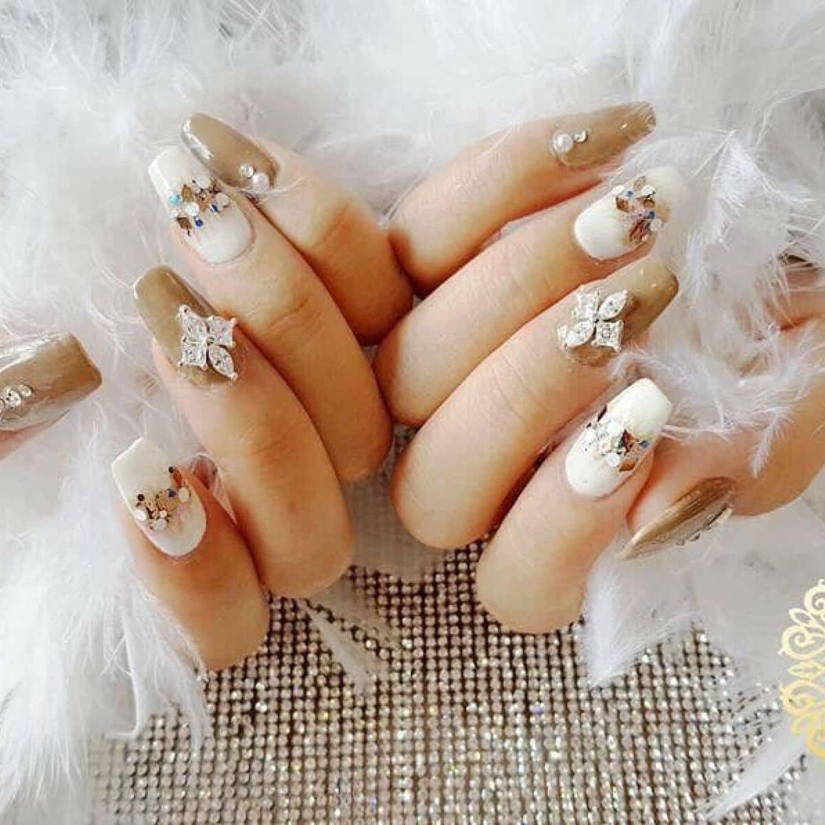 She Nail & Mi - Nối móng gel, đắp bột, hoa fantasy tại She Nail & Mi ...