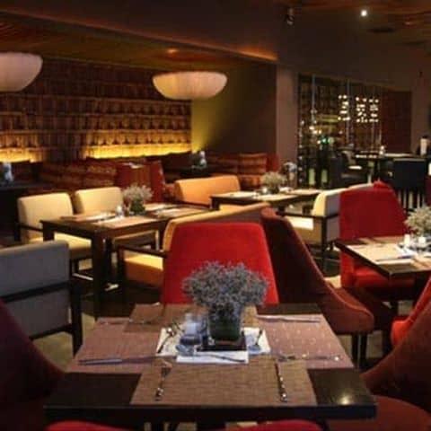 Các hình ảnh được chụp tại The Rooftop Bar & Restaurant