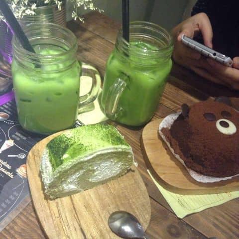 Các hình ảnh được chụp tại Aroi Dessert Cafe - Nguyễn Thiệp